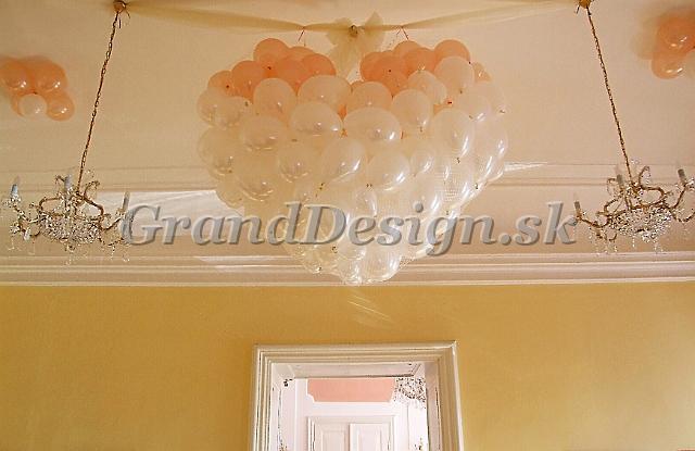 Balóny na svadbe - Obrázok č. 24