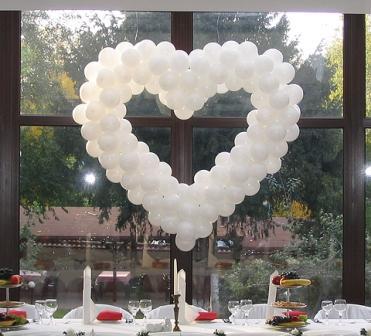 Balóny na svadbe - Obrázok č. 53
