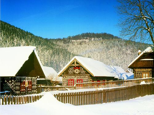 Krásne miesta Slovenska vhodné na svadobné fotenie - Čičmany