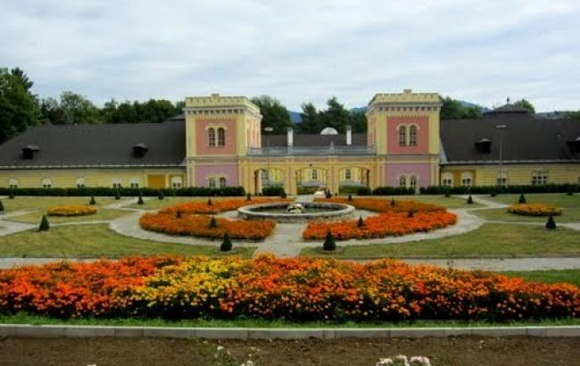 Krásne miesta Slovenska vhodné na svadobné fotenie - Hoďkovce
