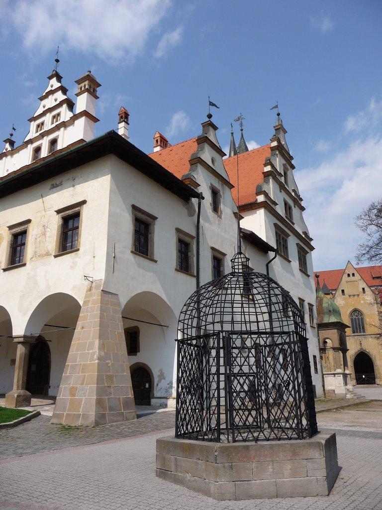 Krásne miesta Slovenska vhodné na svadobné fotenie - Klietka hanby Levoča