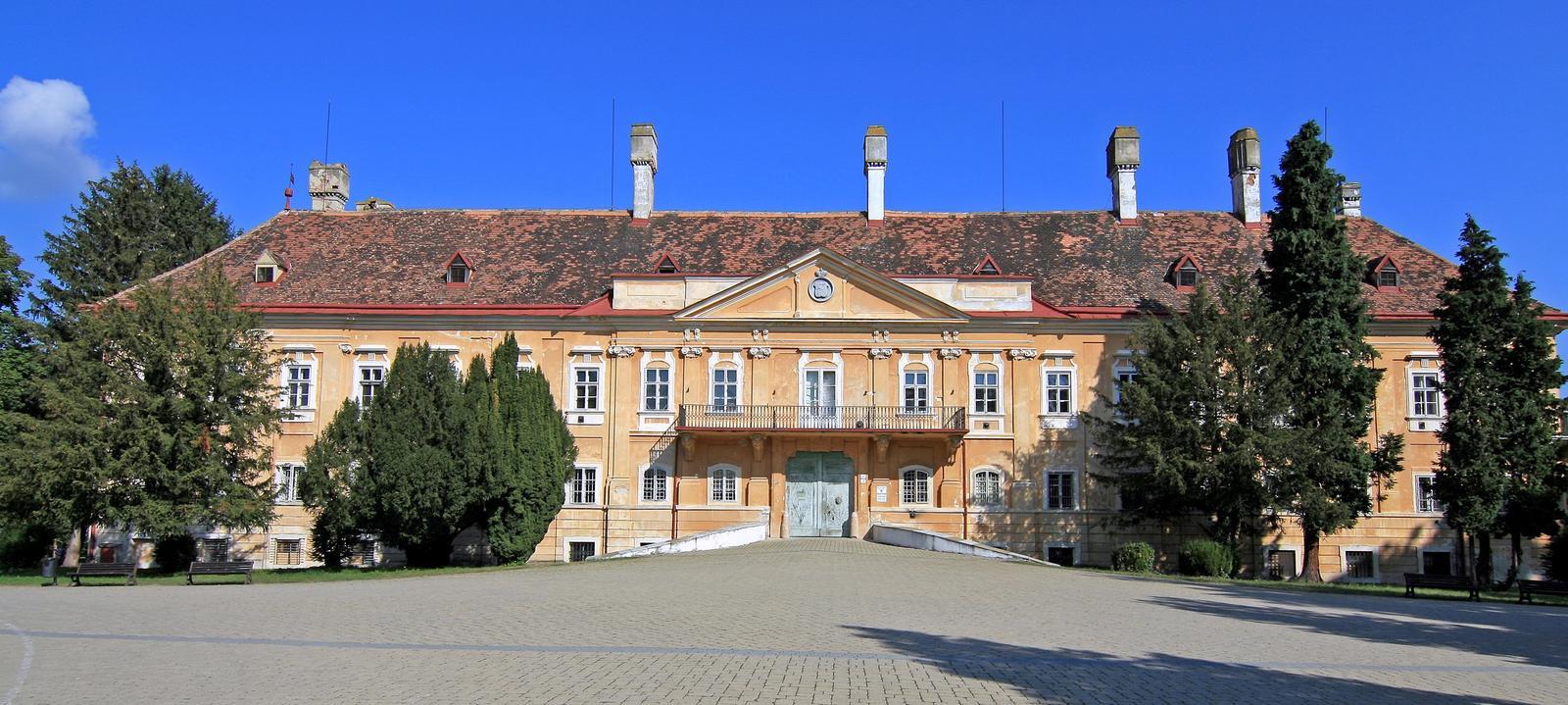 Krásne miesta Slovenska vhodné na svadobné fotenie - Malacky