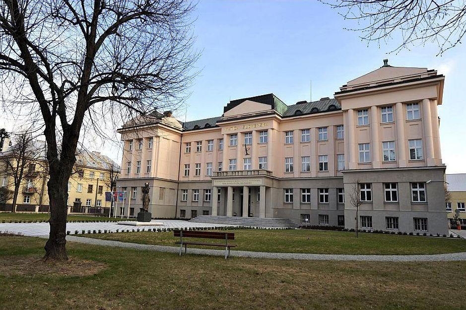 Krásne miesta Slovenska vhodné na svadobné fotenie - Martin