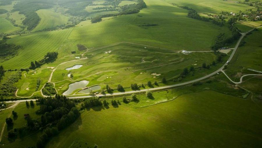 Krásne miesta Slovenska vhodné na svadobné fotenie - Rajec