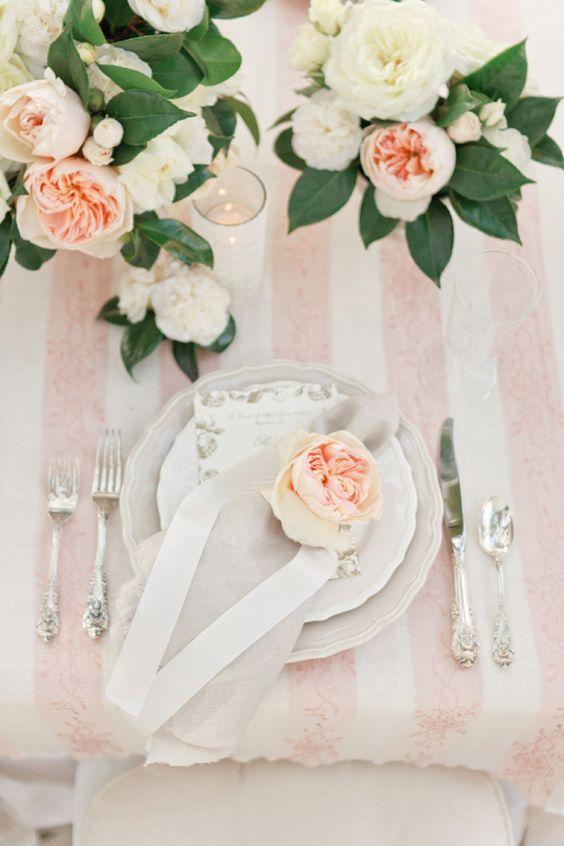 Nazdobenie stola alebo umenie prestrieť stôl do krásy. - Obrázok č. 2