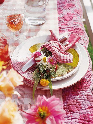 Nazdobenie stola alebo umenie prestrieť stôl do krásy. - Obrázok č. 39