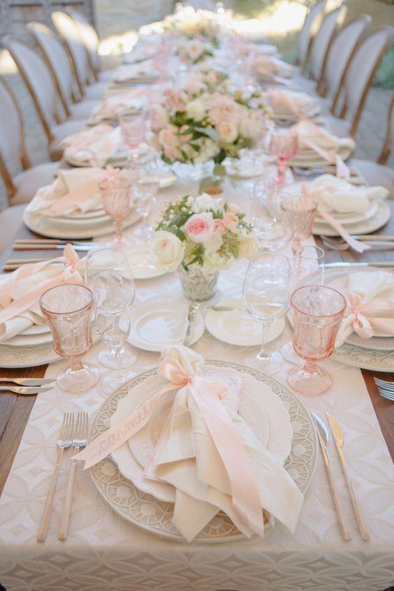 Nazdobenie stola alebo umenie prestrieť stôl do krásy. - Obrázok č. 71
