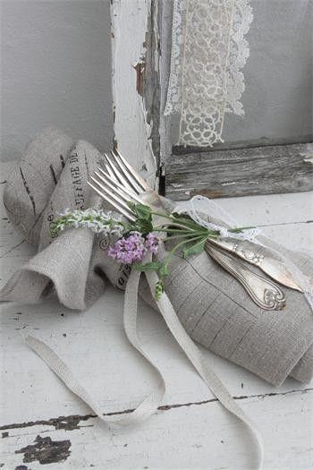 Nazdobenie stola alebo umenie prestrieť stôl do krásy. - Obrázok č. 84