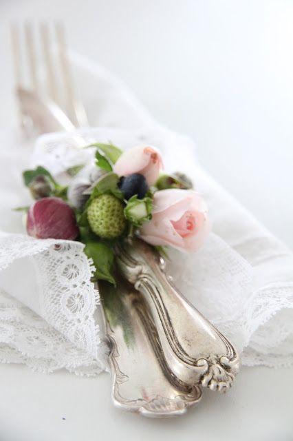 Nazdobenie stola alebo umenie prestrieť stôl do krásy. - Obrázok č. 86