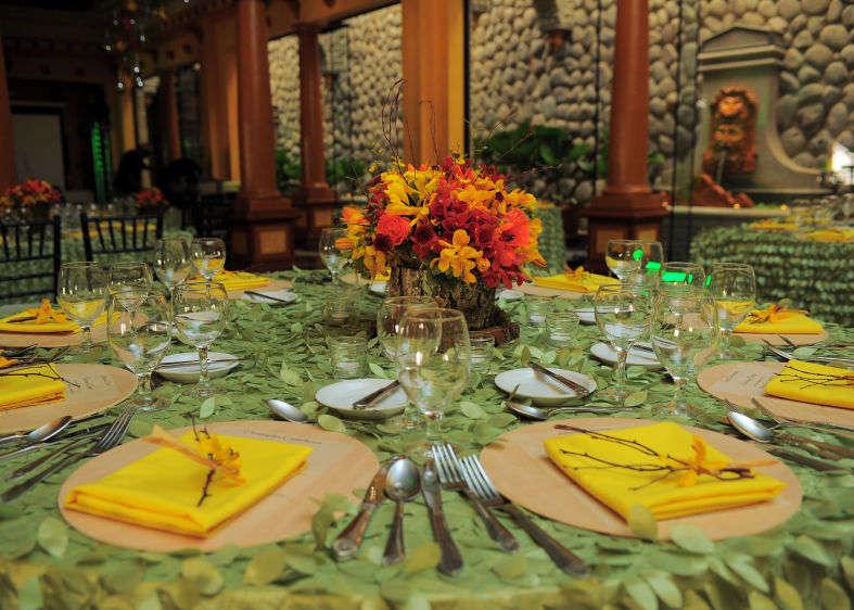 Nazdobenie stola alebo umenie prestrieť stôl do krásy. - Obrázok č. 96