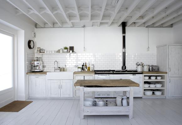 Drevo a biela v kuchyni - Obrázok č. 7