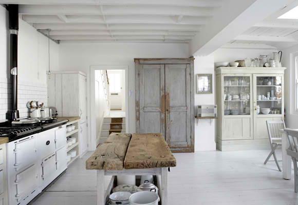 Drevo a biela v kuchyni - Obrázok č. 45
