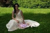 Šampaň svatební šaty s velkým výstřihem na zádech, 38