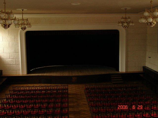 An&Rom 26.8. zamek Mikulov - Velky zamecky sal - tady bude hostina pro 100 lidi