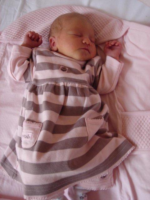 Andrea{{_AND_}}Roman - přesně 3 týdny před 1. výročím naší svatby se narodilo naše lvíčátko