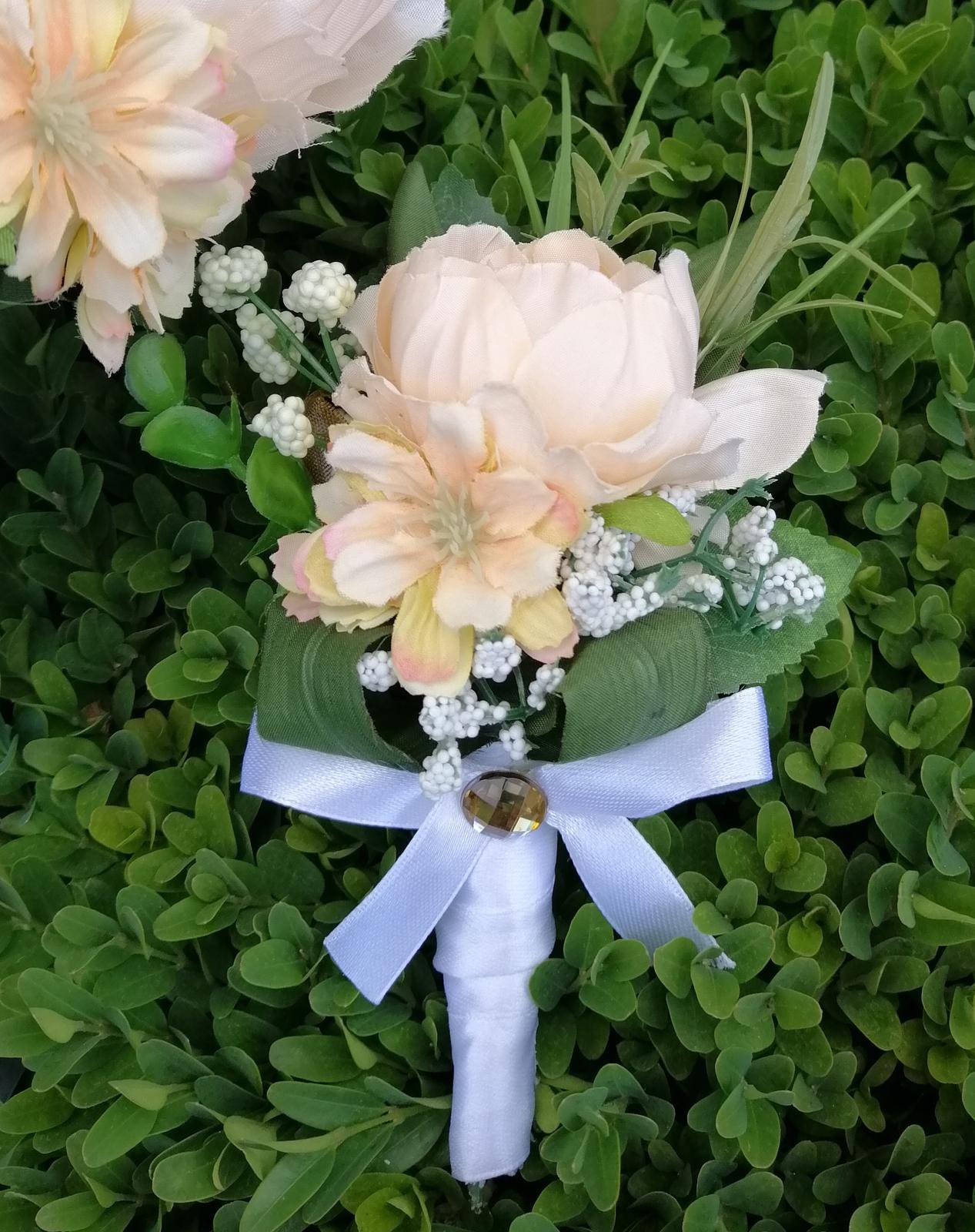 Svadobná kytica a pierko pre ženícha - Obrázok č. 4