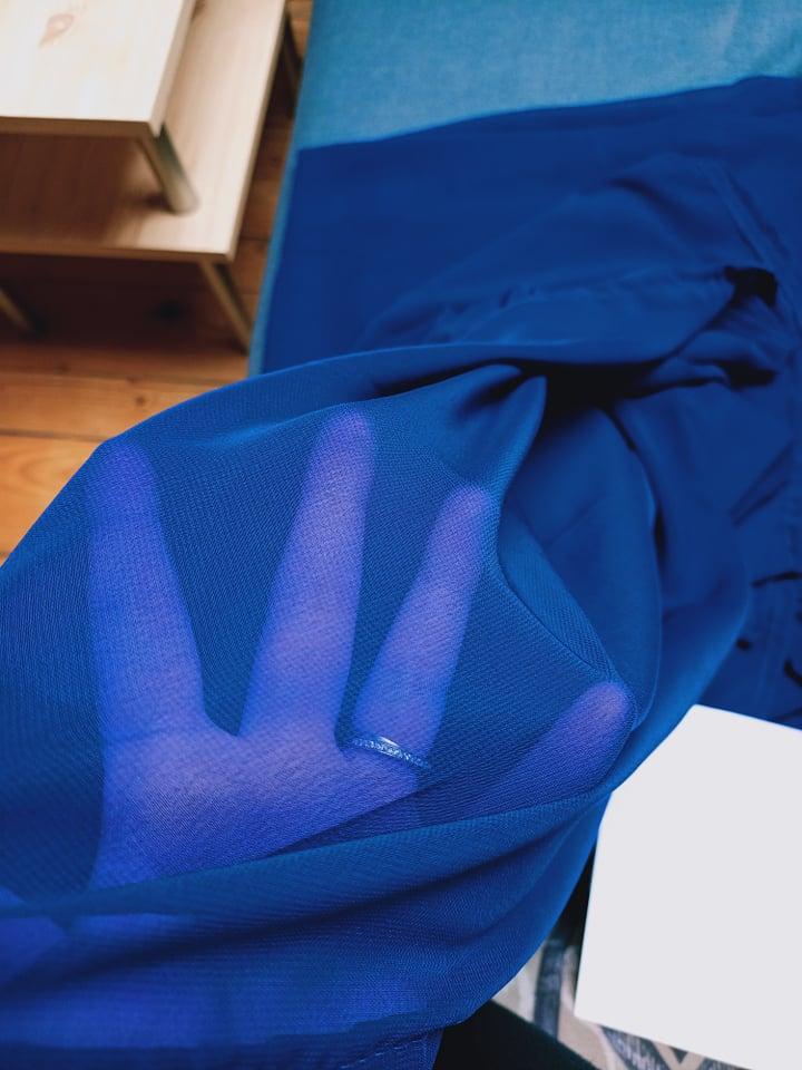 Modrý šifon na stůl - Obrázek č. 1