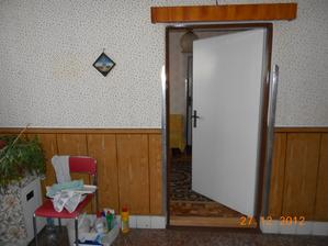 chodba a vchod do kuchyne
