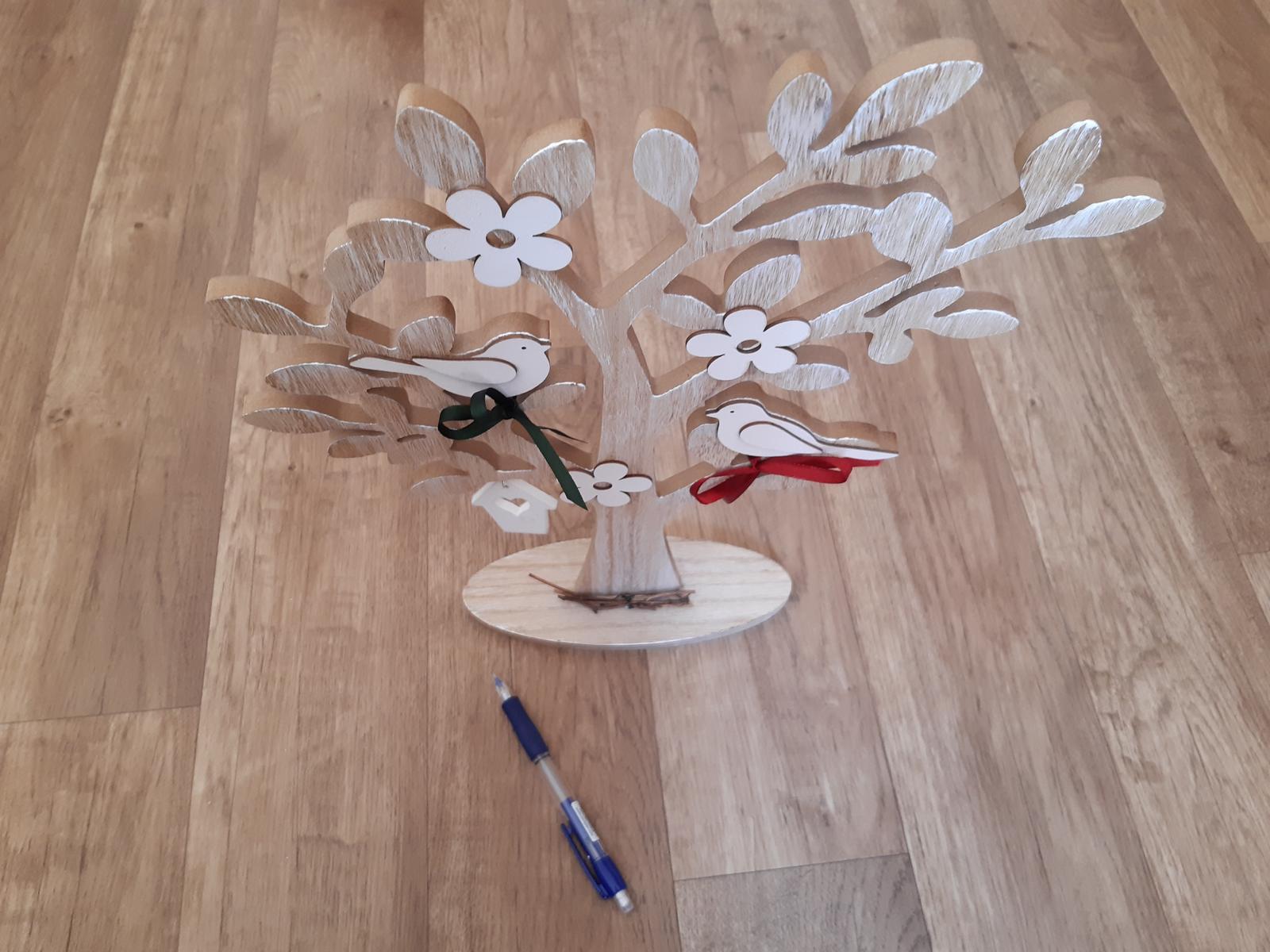 dřevěný strom, dekorace s ptáčky - Obrázek č. 2