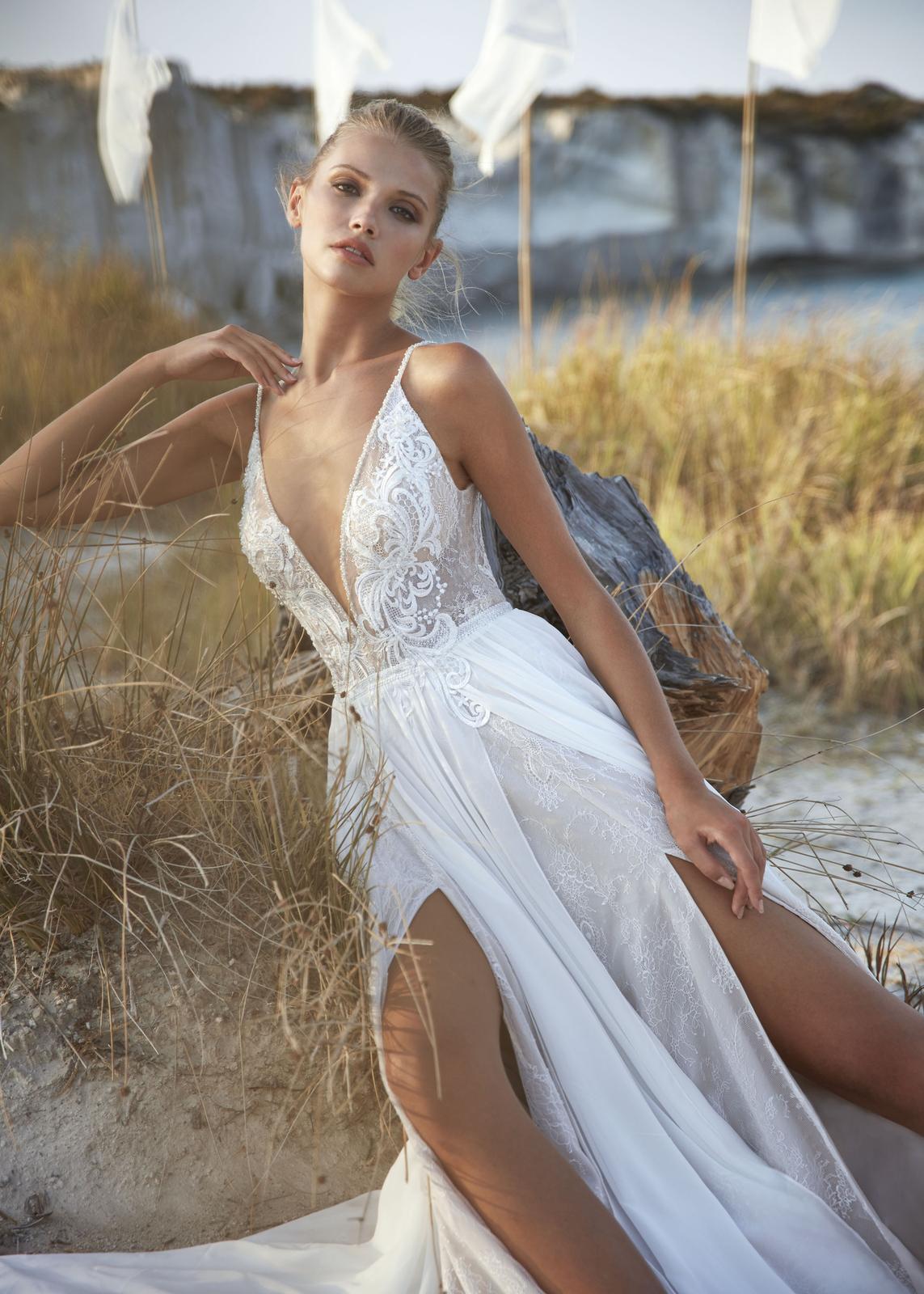 Svatební šaty Herve Paris Valente, vel. 36 - Obrázek č. 1