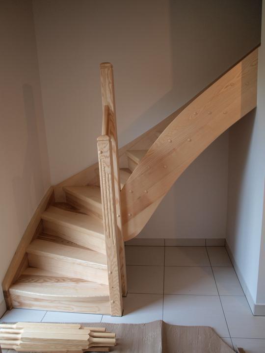 Stavba - 2. a 3. týden - Nějak jsem sem zapomněla přidat fotky hotových schodů...