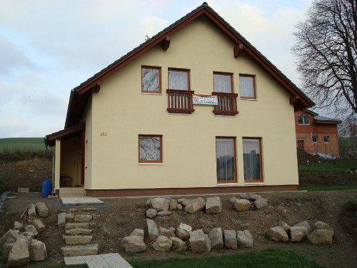 Stavíme s Rýmařovem - Takto podobně bude vypadat náš domek (okna).