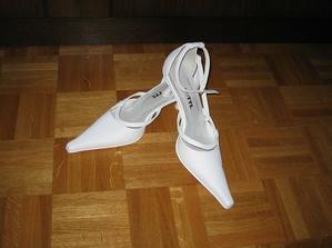 pekné topánky...