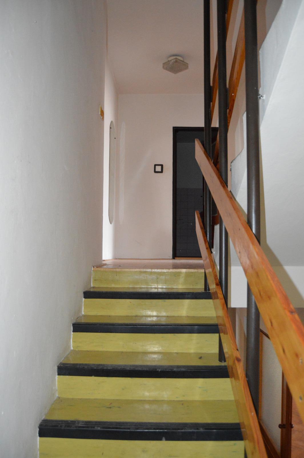 Naša rekonštrukcia - pôvodné schodisko