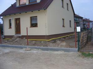 hotový základ plotu