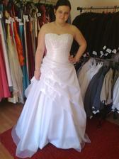 moje new svadobné šatôčky....
