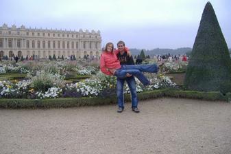 To jsme my :) Na zámku ve Versailles u Paříže, podzim 2009