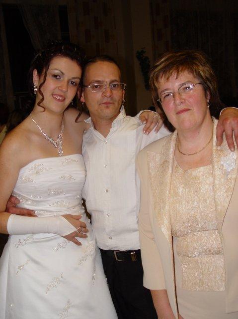 Zuzana Zakutanska{{_AND_}}Jozef Kmec - ja, moja mamina a kamos yxac :-)