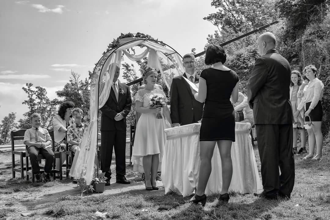 Katka{{_AND_}}Láďa - komorní rodinná uvolněná svatba..jak jsme si to přáli
