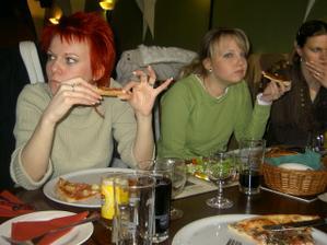 i Lucinka s Pavlínkou se cpaly:-)
