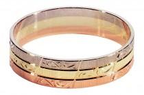 zatím námi poslední vybraný vzor snubních prstenů, ale  ještě můžeme změnit názor.