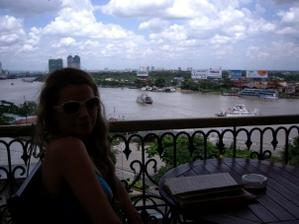 ... svadobna cesta: Vietnam, uzasna krajina, ale len pre dobrodruzne povahy ;-) ... Ho Chi Minhove Mesto(Saigon) treba vidiet! ;-)