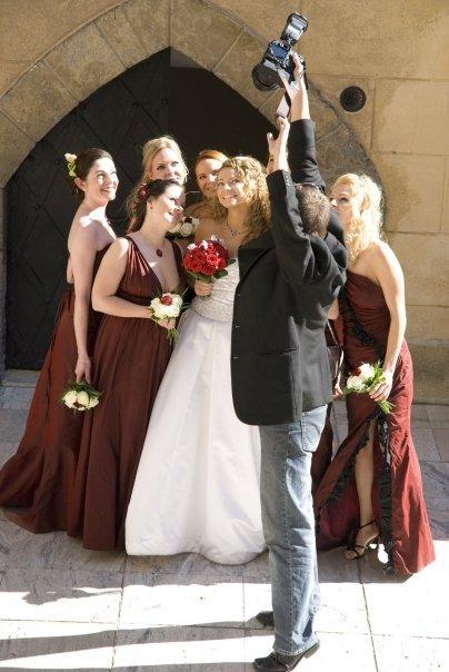 Detailiky nasej svadby 13.9.2008 - nas fotograf - Robert Homola v akcii ;-)