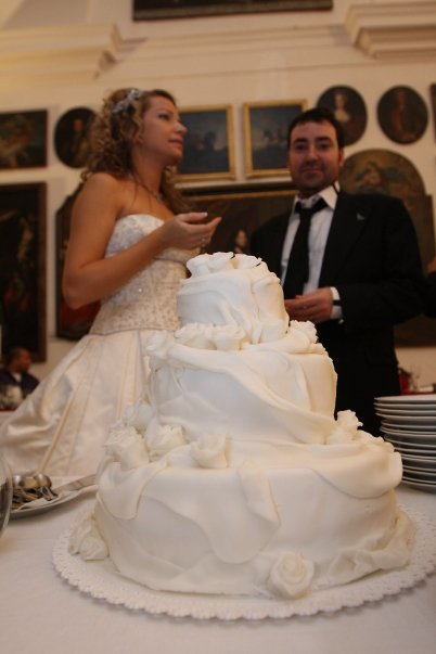 Detailiky nasej svadby 13.9.2008 - nasa vanilkova torta