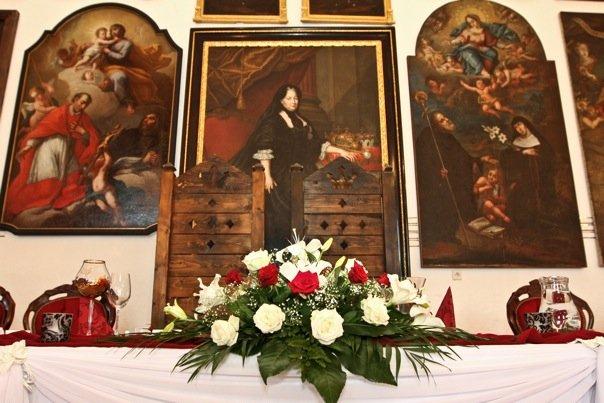 Detailiky nasej svadby 13.9.2008 - sedeli sme rovno pod Mariou Tereziou ;-)