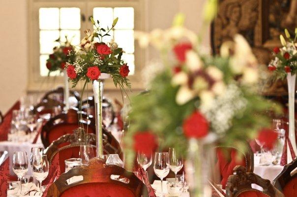 Detailiky nasej svadby 13.9.2008 - nasa kvetinova vyzdoba