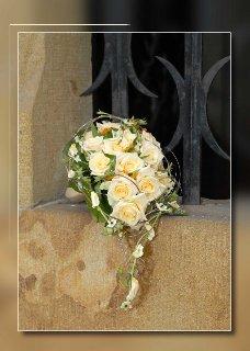 Naša svadba 2.jún 2007 - podobnú kyticu chcem