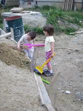 Nasa dcerka a krsniatko Filipko...sem tam nam aj pomozu:-))
