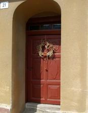 původní dveře, mají více než 100 let