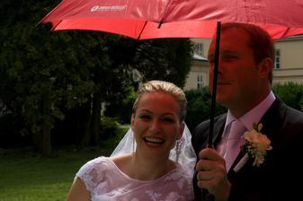 ÁNO, može za to firma na dáždniku :-)