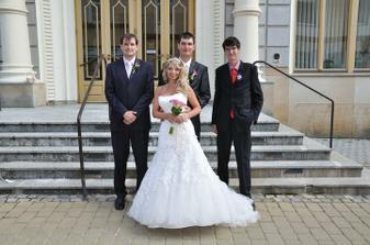 ženich a jeho dva bratři