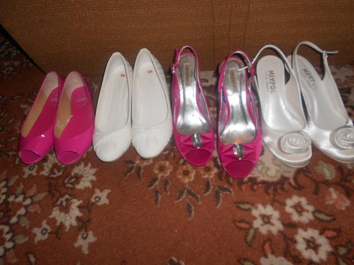 Blížime sa k cieľu : SVADBE :0) - moje topánočky tieto budú určite