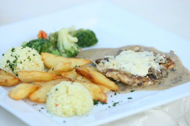 Daniela{{_AND_}}Roman - hlavné jedlo