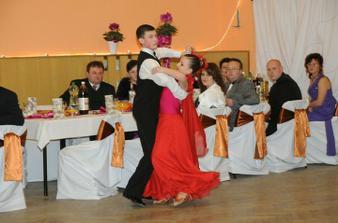 Šikovný Michal z nás do svadby urobí tanečných profesionálov :-)
