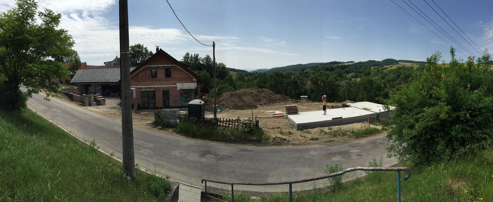 Začínáme..pokračujeme..finišujeme ;-) - Panoramaticky snimek :-))