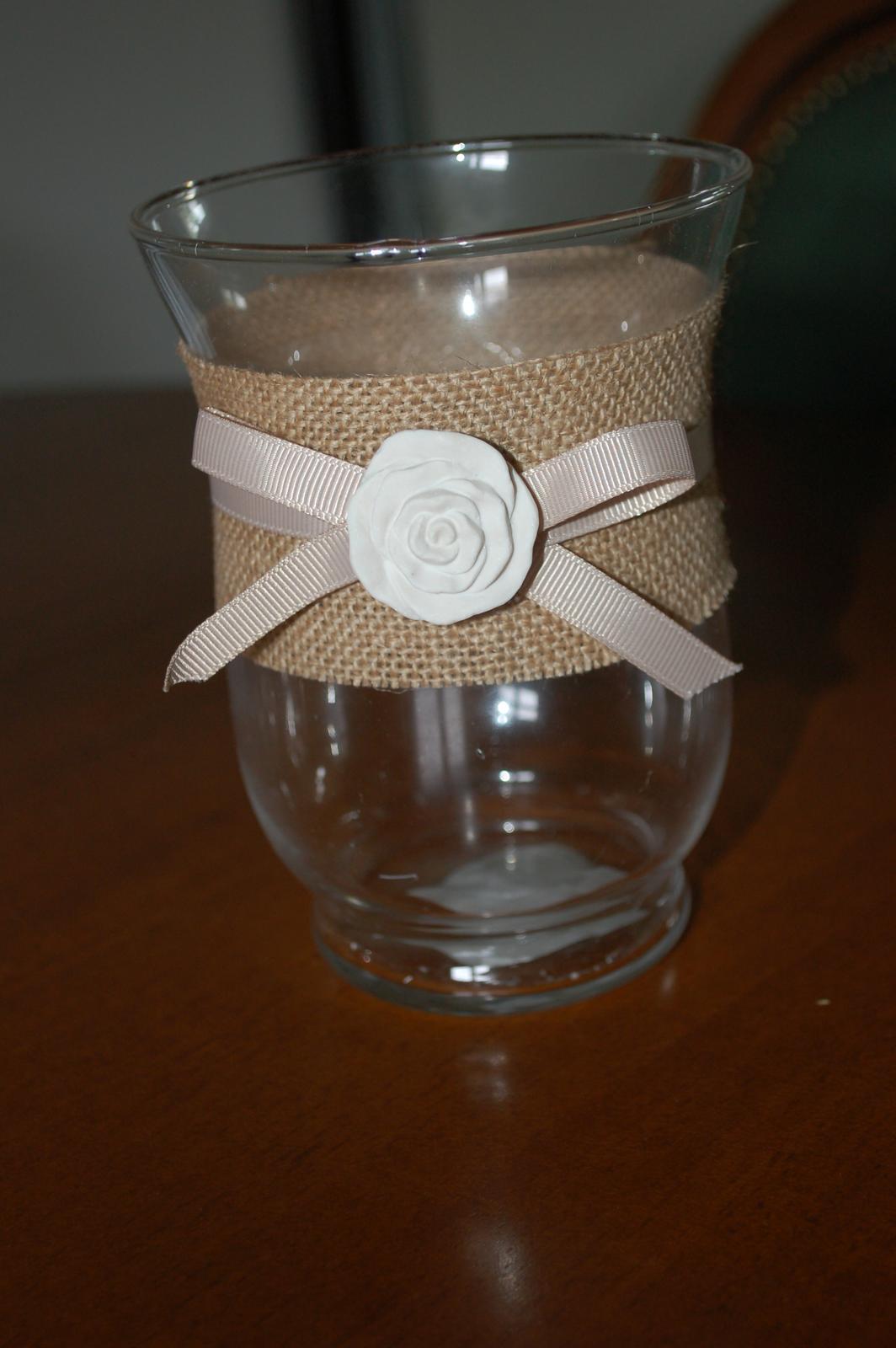 Vaza na kvietky - Obrázok č. 1